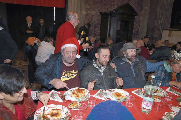 Noël pour tous: offrir de la chaleur humaine aux plus démunis