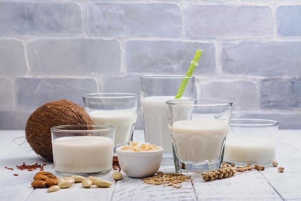 Avec ou sans lait ? La liste des boissons à base de soja, riz, amande ou quinoa ne cesse de s'allonger