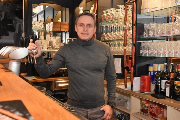 "Pedro Naert stopt met café Chasse Patate in Bavikhove: ""Ik blijf tot er een overnemer is"""