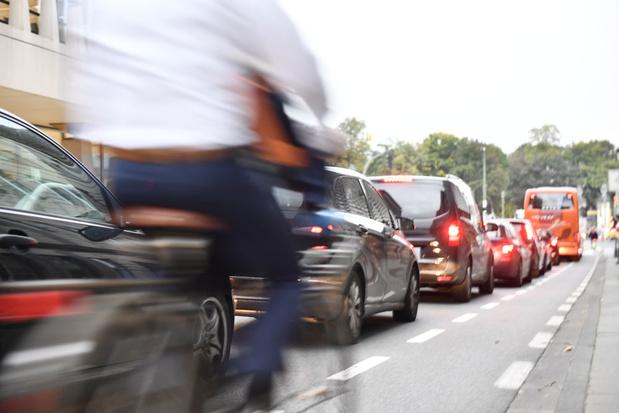 Professor stedelijke mobiliteit over Brusselse 'stadstol': 'Geen pestmaatregel voor pendelaars'