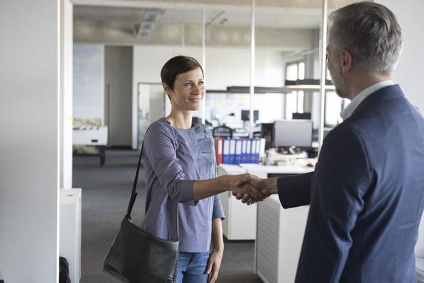 Recruiters zien 50-plussers als minder flexibel en minder mee met technologie