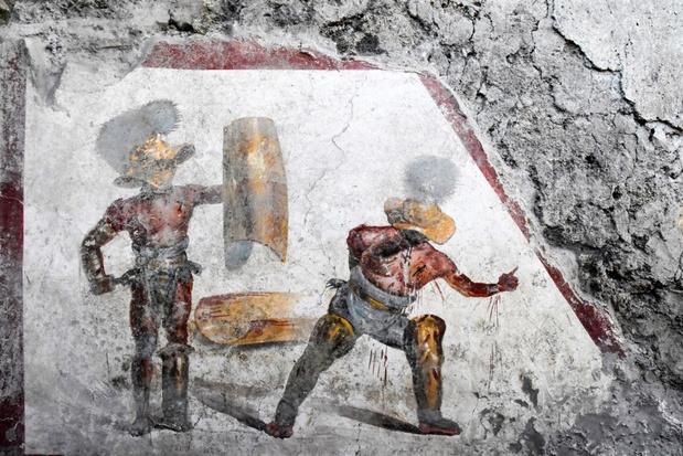 Bijzondere fresco van twee gladiatoren ontdekt in Pompeï