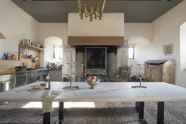 Vivre dans une tour du Moyen Âge réhabilitée (en images)