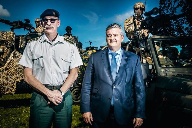 """Le """"patron"""" de l'armée réclame 2,4 milliards d'euros d'ici 2024"""