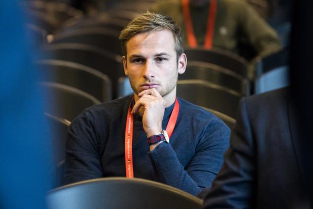 """Olivier Myny barst in tranen uit tijdens zijn slotpleidooi: """"Ik haat de voetbalwereld"""""""