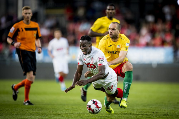 KV Oostende kan Standard niet uit de leiderszetel trappen