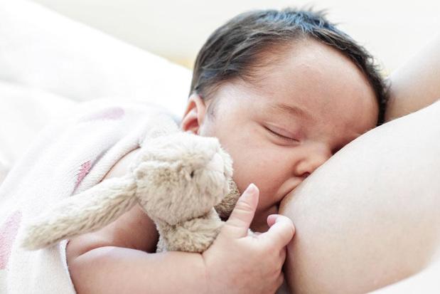 WHO-aanbeveling borstvoeding moeilijk vol te houden