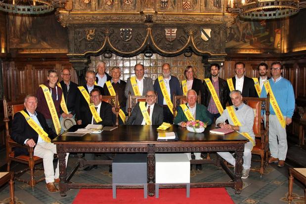 """Voorzitter Vlastreffen weigert lint van Orde van Vlastraffen: """"Distantieer mij volledig van die orde"""""""