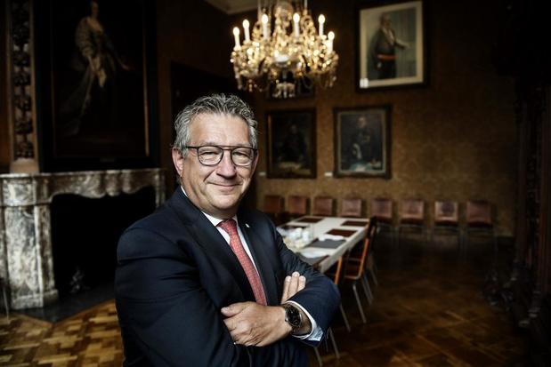 Dirk De fauw, burgemeester van Brugge, over stadiondossier: 'Ik kan toch moeilijk een stuk grond kopen in andere gemeente?'