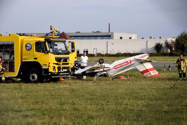 Reclamevliegtuigje crasht op weg naar Waregem Koerse, piloot komt om het leven