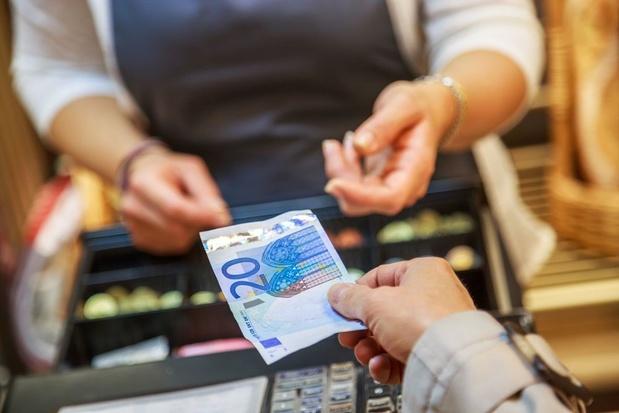 Coronajaar doet Europeanen nog minder contant betalen