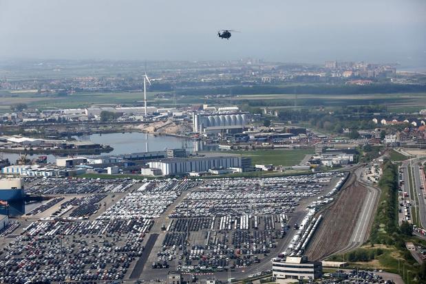 Nieuwe kaai in haven van Zeebrugge moet voor meer capaciteit zorgen in autosector