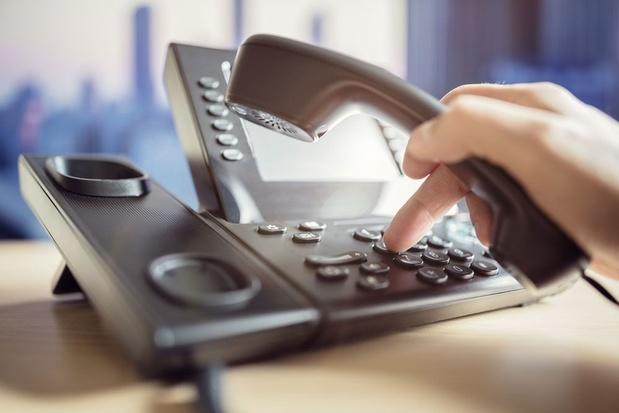 Vaste telefonie en sms'en steeds minder populair