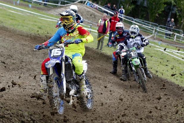 Motorcrossers van MCLB te gast op domein Puyenbroeck in Wachtebeke