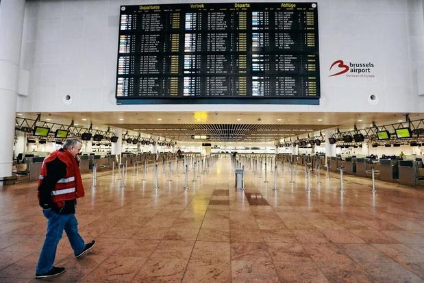 Une centaine de vols annulés à Bruxelles et Charleroi, le trafic aérien a repris