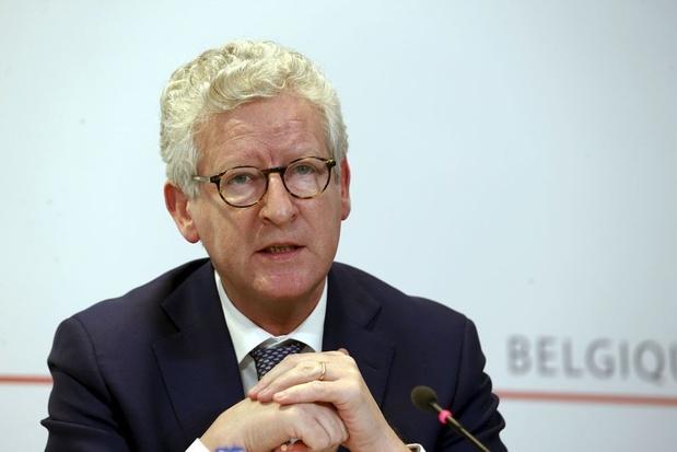 De Crem: '200 miljoen euro per jaar extra voor de politie'
