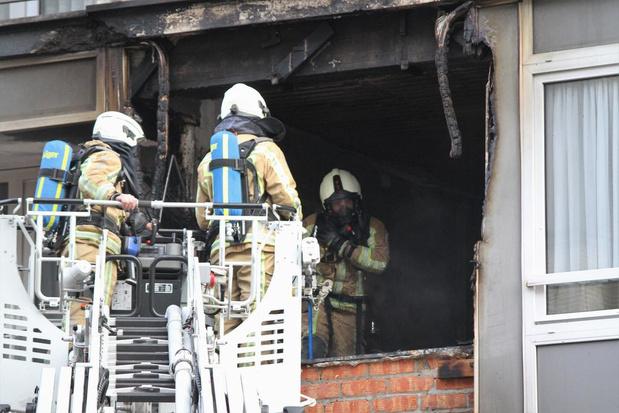 Acht mensen met rookintoxicatie naar ziekenhuis na brand in Europacentrum