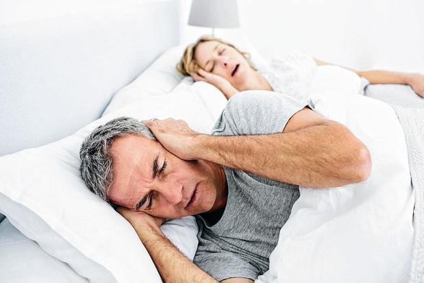 Vrouwen snurken even vaak