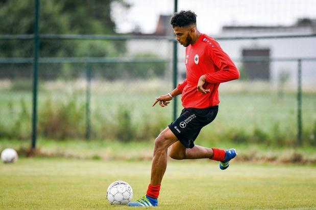 Antwerp en Club Brugge dienen klacht in na racistische tweet aan adres van Haroun