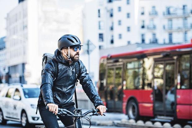 Le vélo électrique, bon pour l'environnement, mauvais pour la sécurité routière ?