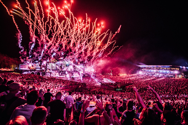 Dag twee Tomorrowland belooft underground techno, vaste waarden en onweer