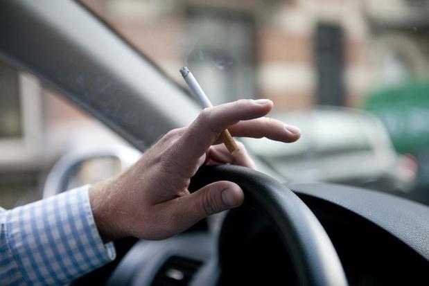 Enfants et tabac en voiture: fin des contrôles