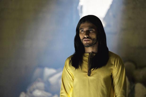 Qui est Mehdi Dehbi, l'acteur liégeois star de la nouvelle série Netflix Messiah?