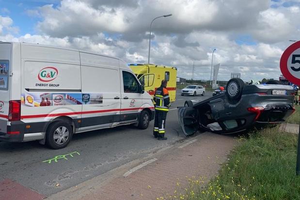 Zwaar verkeersongeval in Oostende, maar bestuurder slechts lichtgewond