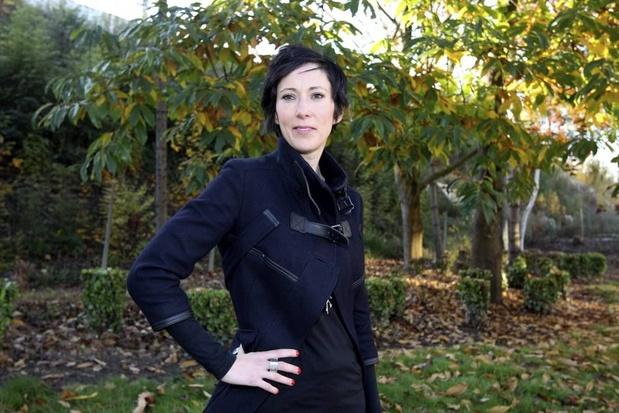 Saskia De Coster worstelt in haar nieuwe roman Nachtouders met het moederschap