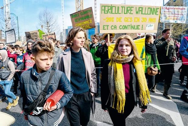 Jongerenprotest: 'Een klein beetje geweld werkt het best'