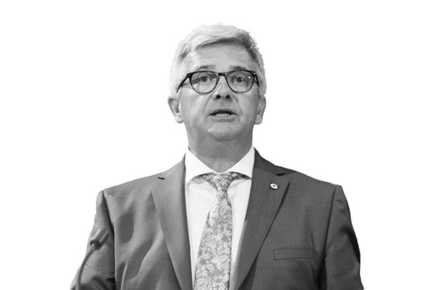 Kris Van Dijck, Ex-parlementsvoorzitter