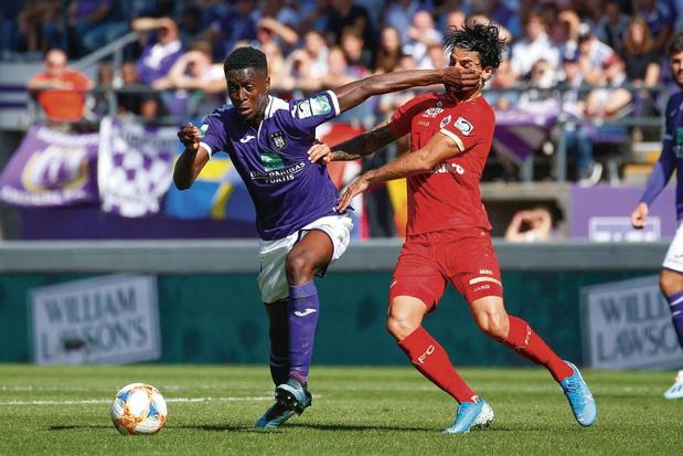 Sambi Lokonga: zoom sur le mannequin du football anderlechtois