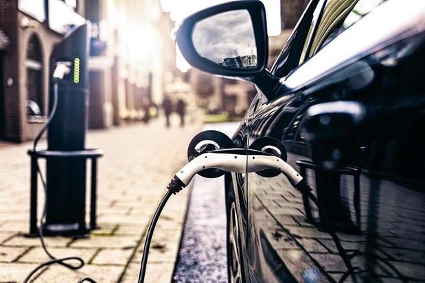 A peine 2% des Allemands ont un accès pour recharger des voitures électriques