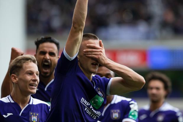 Anderlecht pakt uitgerekend tegen grote rivaal Standard zijn eerste zege van het seizoen