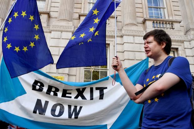 Londen: 'Onderhandelingen met EU over brexit in september verder opgevoerd'