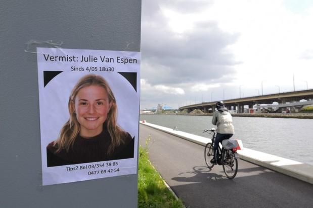 Waarom zat verdachte moord Julie Van Espen niet in de cel?