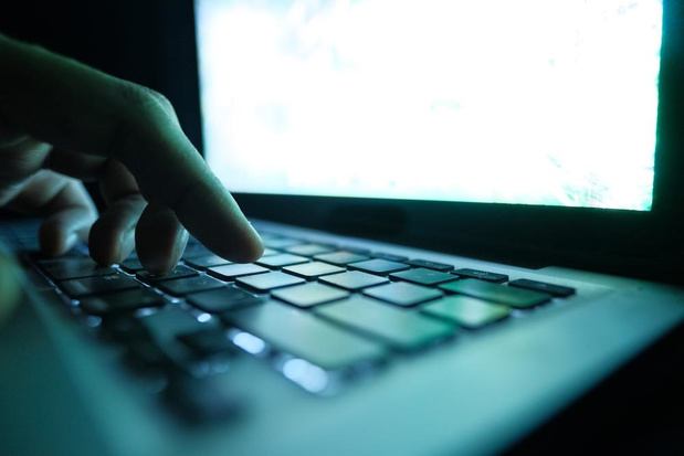 18 maanden cel geëist voor oplichtingen via internet