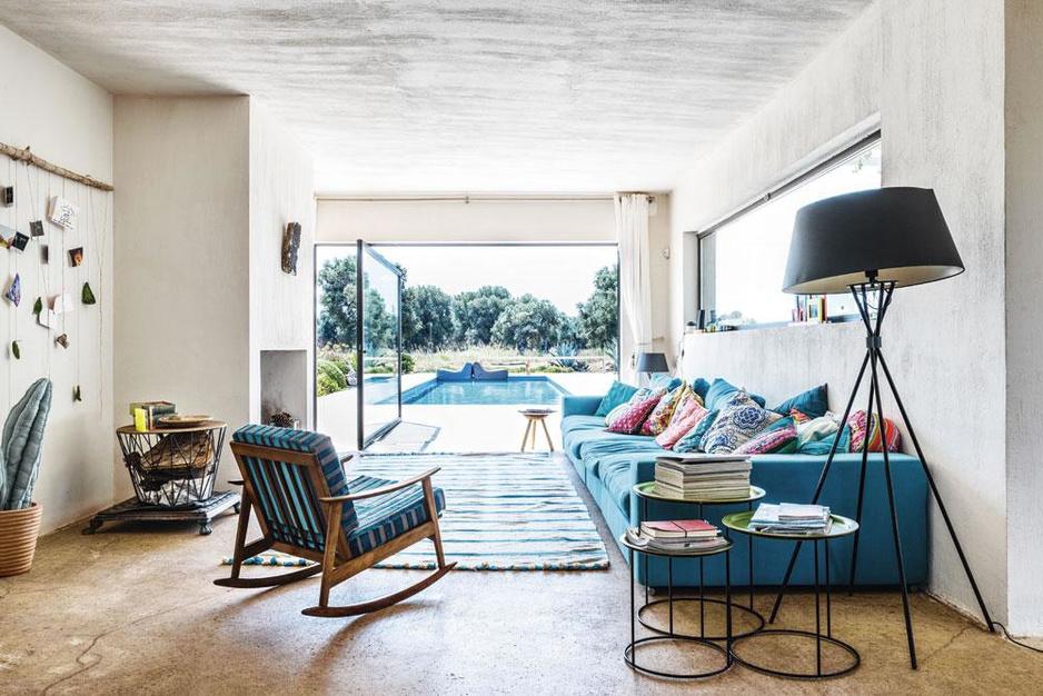 Puglia als pauzeknop: binnenkijken in ingetogen design vakantiewoning van Kico Mion