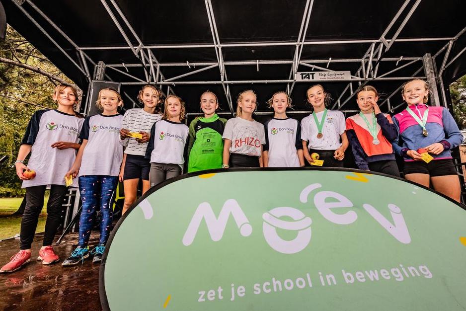 Ook loopcross Don Boscocollege Kortrijk lokt een pak sportievelingen
