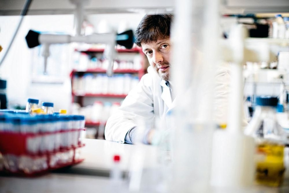 Bio-informaticus Jeroen Raes: 'De mens was het oorspronkelijk gewoon te leven met parasieten in zijn lijf'