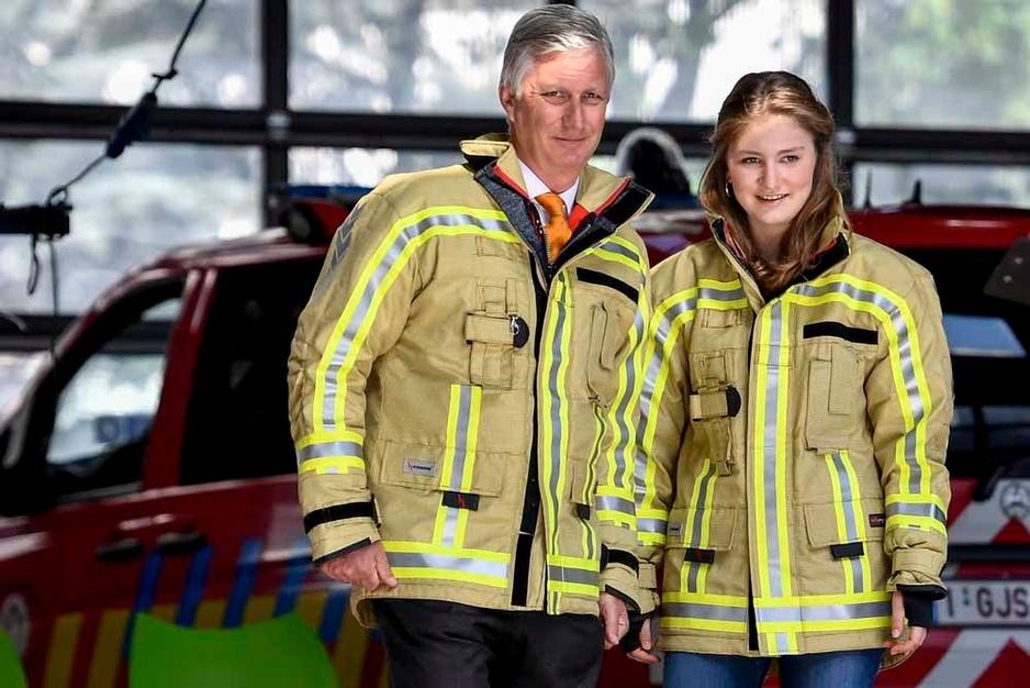 La princesse Elisabeth donne un coup de main aux pompiers de Bruxelles (en images)
