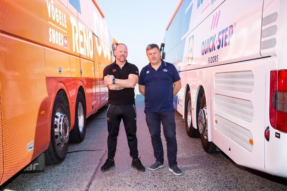 """West-Vlaamse buschauffeurs in het peloton: """"Tijdens tactische besprekingen vliegen wij eruit"""""""