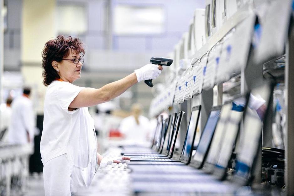 Japanse techgigant Fujitsu focust op diensten: 'Ons verleden is een last'