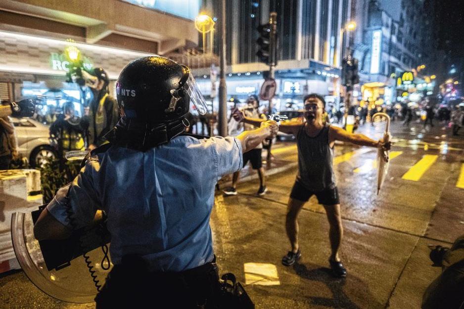 Voor vrijheid of voor Peking? Waarom het protest in Hongkong almaar grimmiger wordt