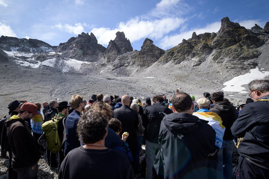 In beeld: Zwitsers begraven verdwenen Pizol gletsjer