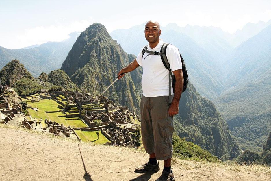Amir Latif reist blind de wereld rond: 'Het gaat niet om zien, maar om ervaren'