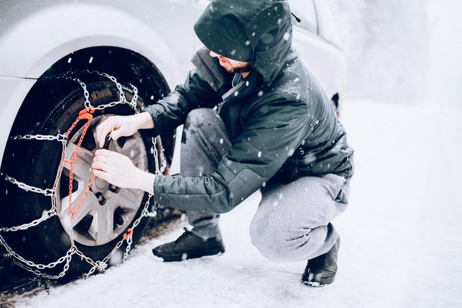 Van sneeuwkettingen tot een milieuvignet: hoe bereidt u zich voor op uw skivakantie?