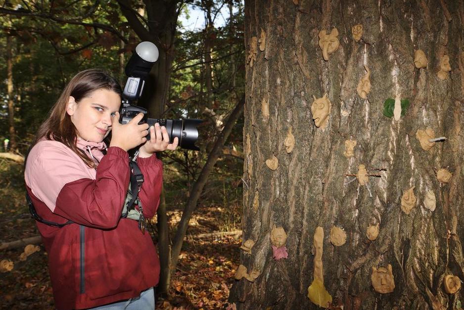 """Juniorfotograaf Marie-Laure maakt eerste fotoreportage: """"De natuur is helemaal mijn ding"""""""