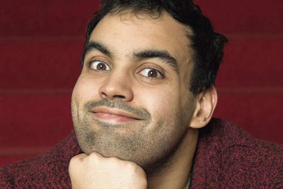 Komiek Kamal Kharmach: 'Ik ben de knuffelmarokkaan moeten worden. En ik wil dat ook zijn'