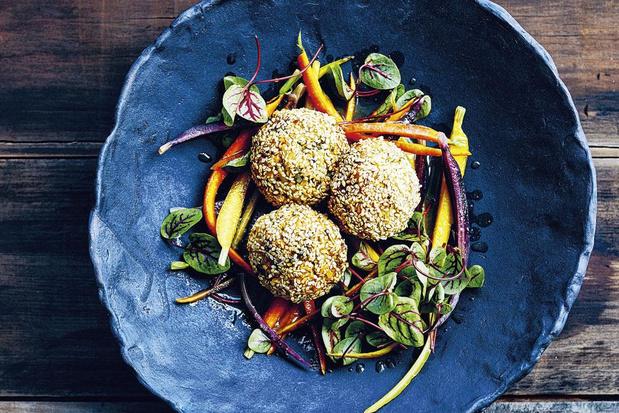 Broccoli-rijstballetjes met misosalade